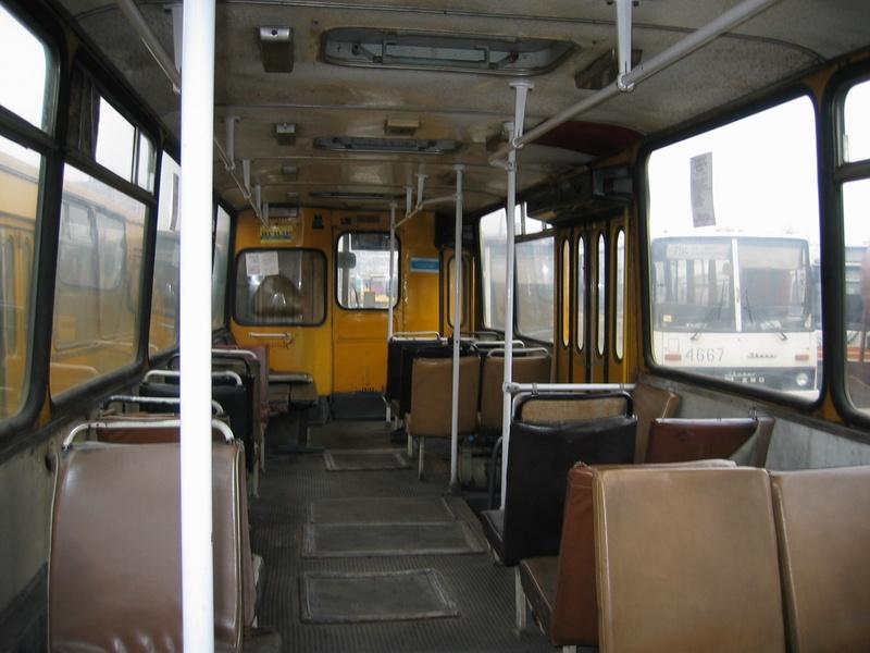 http://old.kievbus.info/images/4759_Rozvozka_AP-6_salon_4.jpg