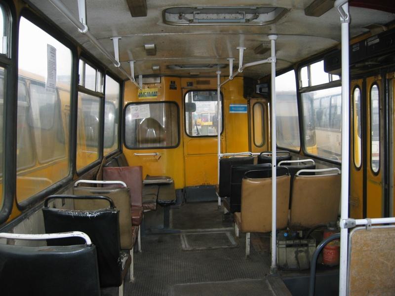 http://old.kievbus.info/images/4759_Rozvozka_AP-6_salon_5.jpg