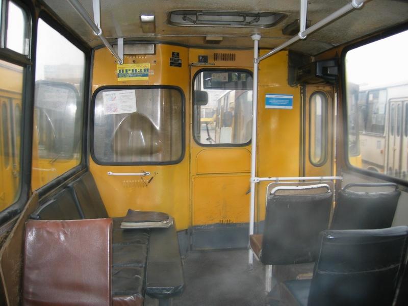 http://old.kievbus.info/images/4759_Rozvozka_AP-6_salon_6.jpg